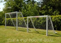 GARDEN FOOTBALL GOAL POSTS - 4 x 3 FOOTIE GOAL